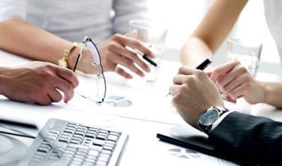 Можно ли перевести работника с постоянного на срочный трудовой договор