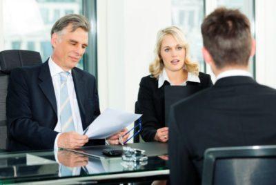 Увольнение после декрета: когда при выходе из отпуска сотрудницу нельзя сократить, какие выплаты положены, а также какие есть права у сторон?